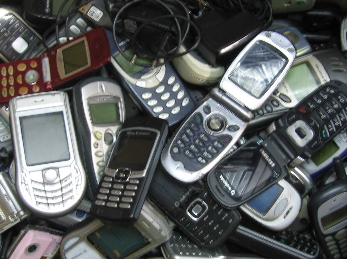 KUPIĘ stare telefony złom telefon Opole